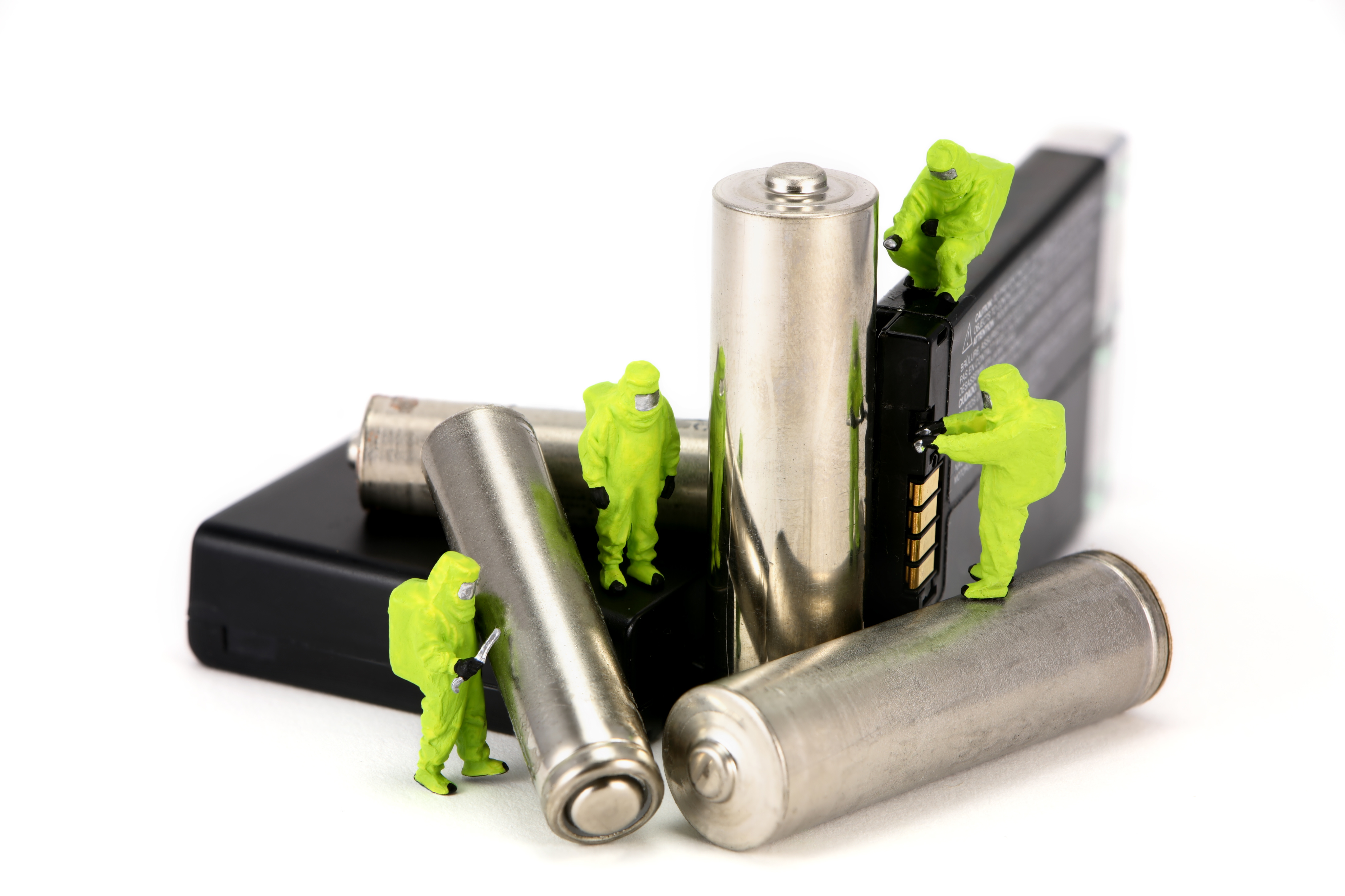 New obligations for companies selling electronic products in Germany, as a result of a new Batteries Act thumbnail